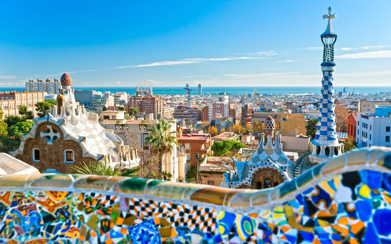 Hop på et fly og tag en storbyferie i Barcelona